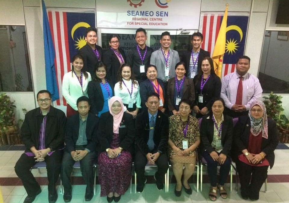 usep-delegates-with-the-seameo-sen-staff-960x675