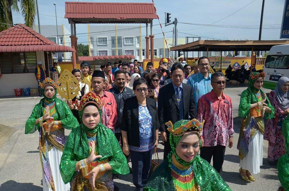 welcome-parade-for-the-delegation-by-the-smk-rahmat