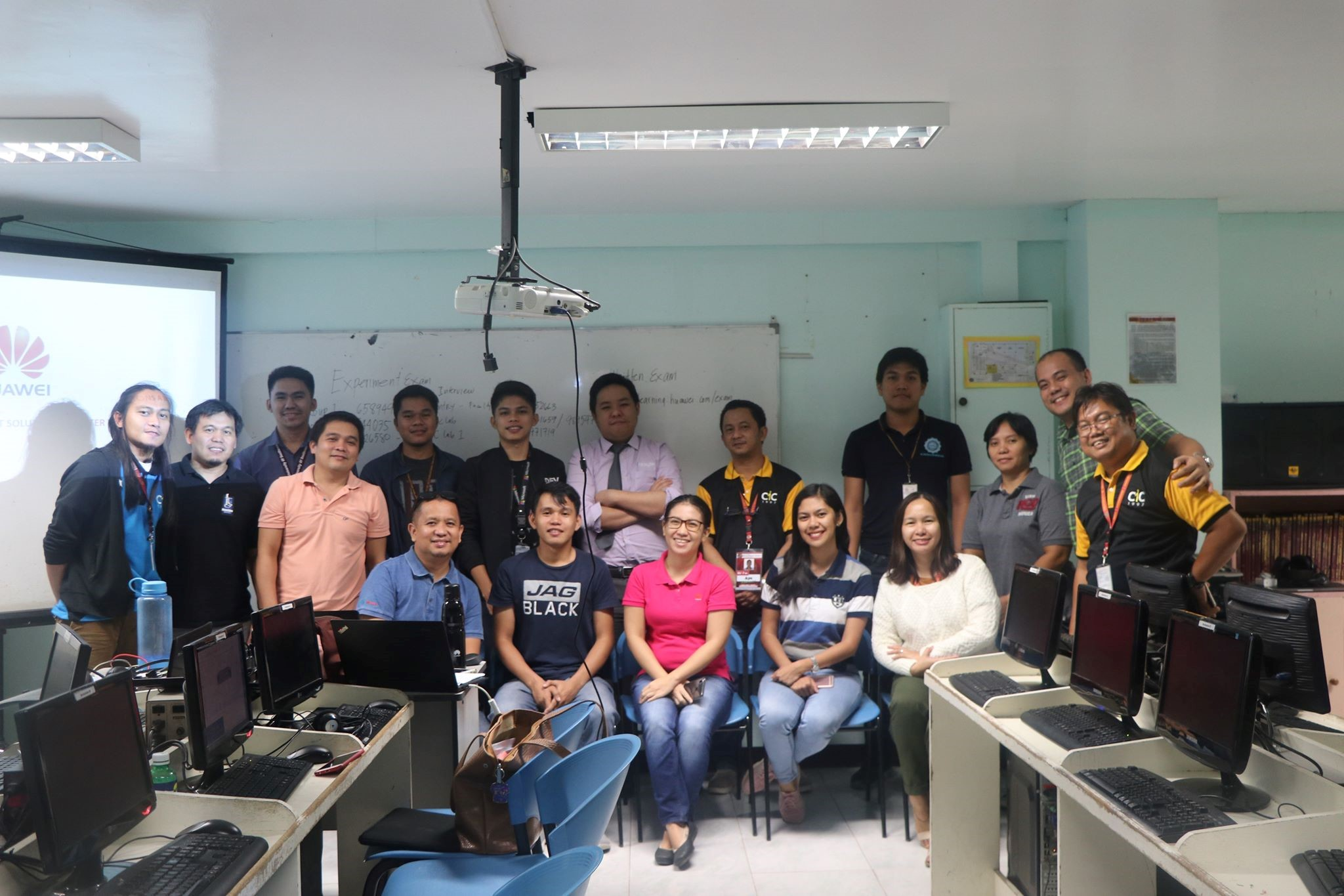 USeP Produces 7 Huawei Certified Instructors in Storage Technology